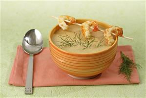 Sopa de gambas. Receta disponible.