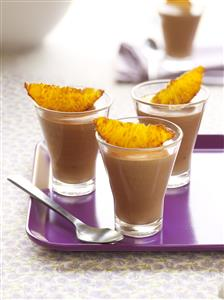 Mousse de chocolate a la cerveza y naranja. Receta disponible